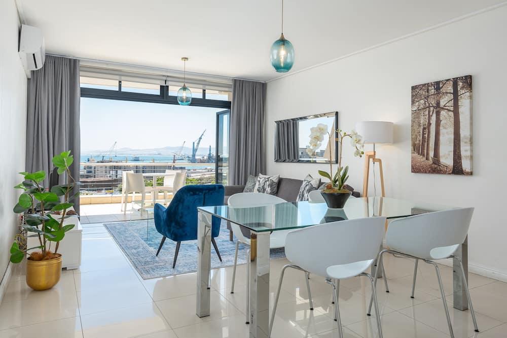 Grand Apartment - Living Area