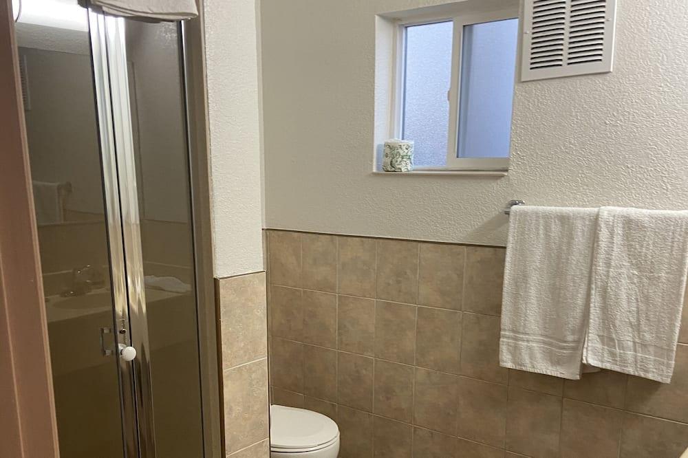 Basic Single Room, 1 Katil Ratu (Queen) - Bilik mandi