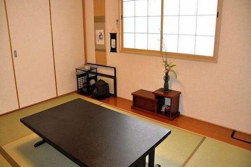 Fukuokaya