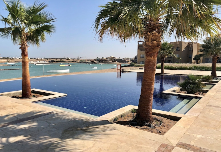 Spacious 2 BR at Water Side El Gouna, El Gouna