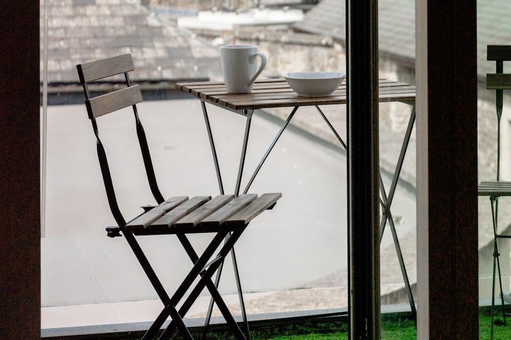 Luksuzni apartman, 1 king size krevet i kauč na rasklapanje, pogled na dvorište - Pogled s balkona