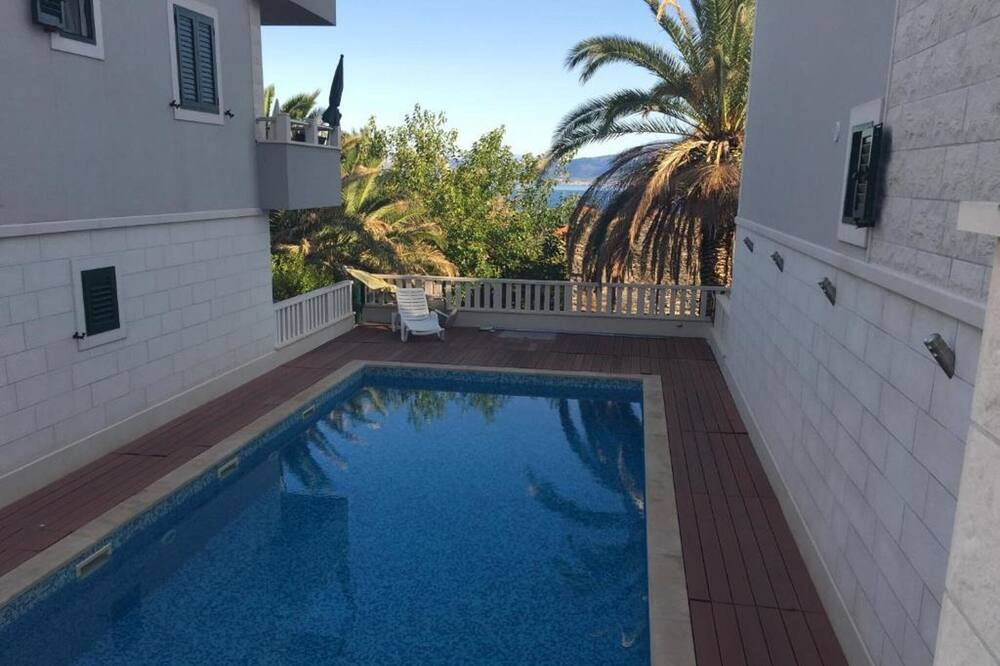 Apartment (Two Bedroom Apartment - Sea View and ) - Pool