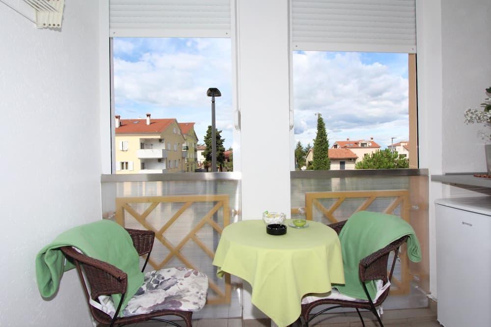 Oda, 2 Tek Kişilik Yatak, Sigara İçilebilir - Balkon