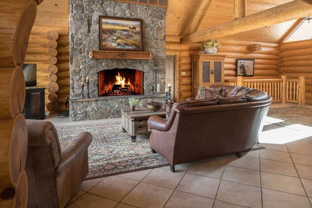 บ้านพัก (Silverado Lodge) - ห้องนั่งเล่น