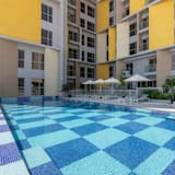 Basic Apartment, Multiple Beds - Pool