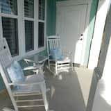 #2209 2 Bedroom Cottage