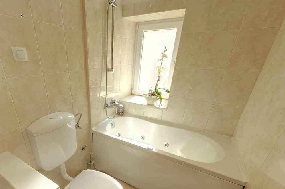 Apartment (Two-Bedroom Apartment with Balcony) - Bathroom