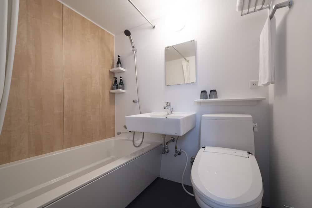 Standard Üç Kişilik Oda, Sigara İçilmez - Banyo
