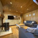 Villa (Multiple Bedrooms) - Living Room