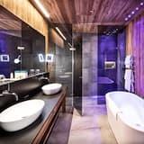 Chalet (1 Bedroom) - Bathroom