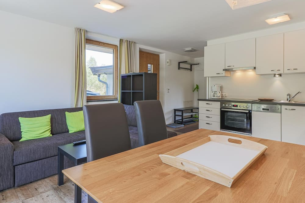 Apartment (1 Bedroom) - In-Room Dining