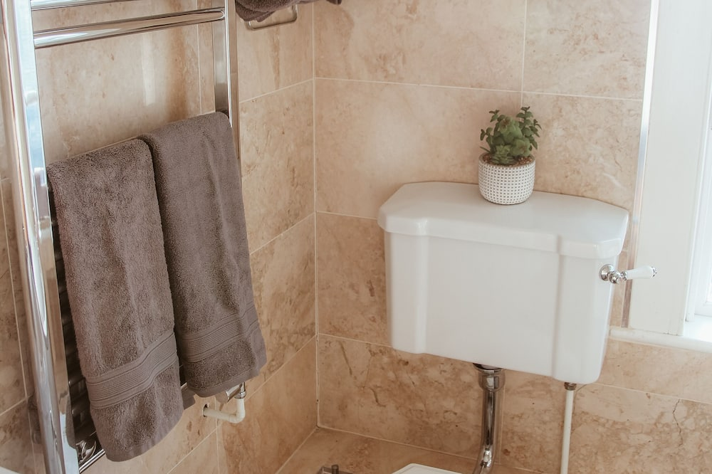 Luxury Cottage, Ensuite (Coxhill) - Bathroom