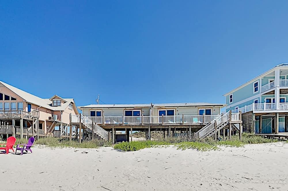 Duplex, 2 Bedrooms - Beach