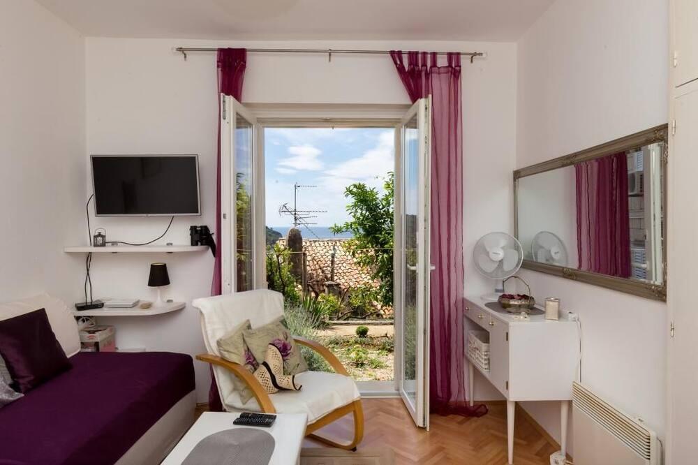 Studio (Studio Apartment with Terrace) - Living Room