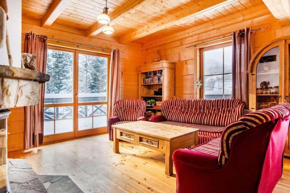 Villa, Mehrere Betten - Wohnzimmer