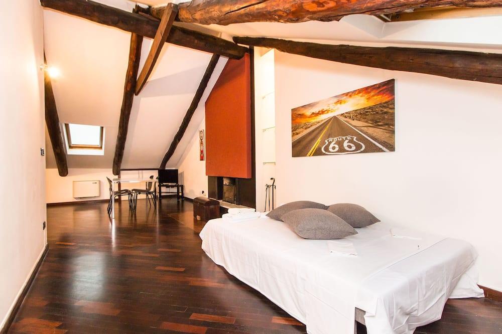 Cenisia Attic Apartment