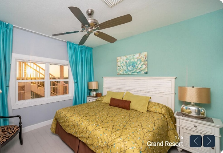 Ocean Front One Bedroom With Tons of Nearby Attractions and Amenities, East End