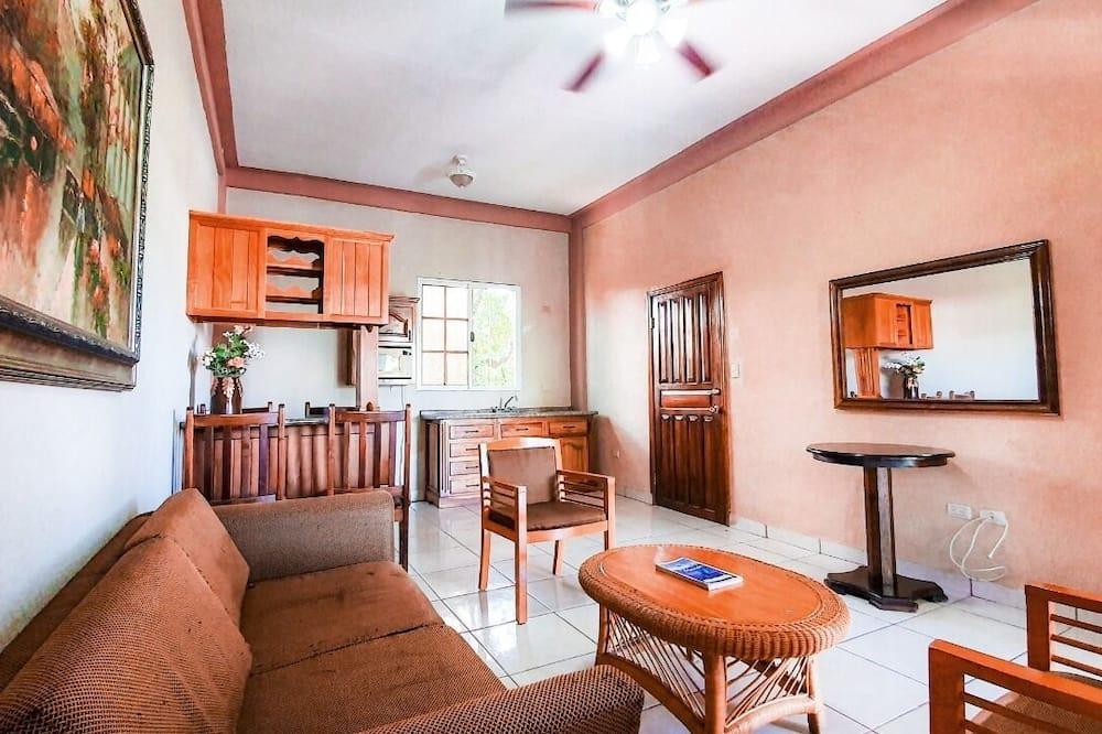 Elite Suite - Living Room