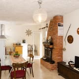 House (Three Bedroom Holiday Home) - Living Room
