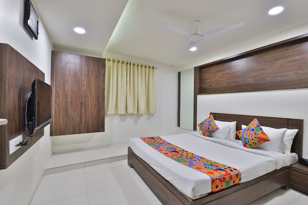Deluxe Room (Non AC) - Guest Room