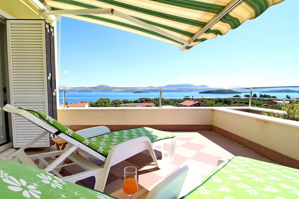 Apartment (Two-Bedroom Apartment  Balcony and Se) - Balcony
