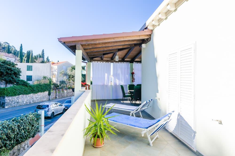 Apartment (Four Bedroom Duplex Apartment) - Balcony