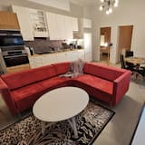 Apartment, 2 Queen Beds - Living Room