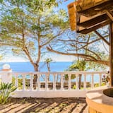 Villa, 5 magamistoaga, privaatbasseiniga, vaade merele - Rõdu