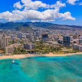 Hawaiian Monarch Ocean-view Studio Pool & Gym Studio Bedroom Condo