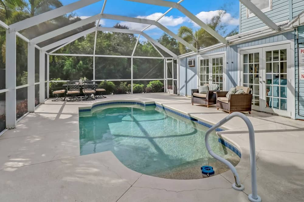 Condo (4811 Gary Rd-C) - Pool