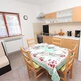 דירה, מיטה זוגית, טרסה - אזור אוכל בחדר