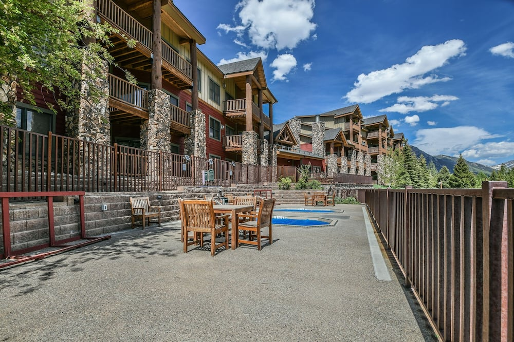 Condo, Multiple Beds, Mountain View (Hidden River Lodge 5980) - Pool