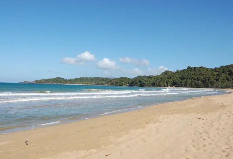 Beachfront Apartment Vistas del Cayo, El Limon, Samana, El Limon, Beach