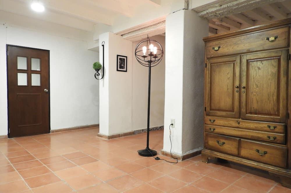 อพาร์ทเมนท์สำหรับครอบครัว, 2 ห้องนอน, ห้องน้ำส่วนตัว - พื้นที่นั่งเล่น