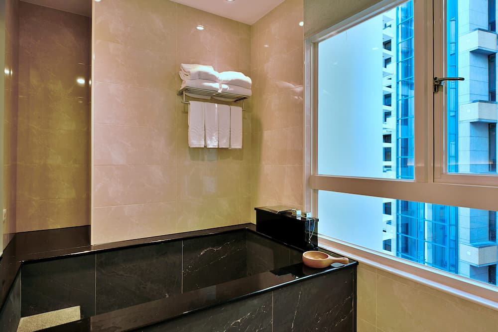 Chambre Quadruple Luxe - Salle de bain