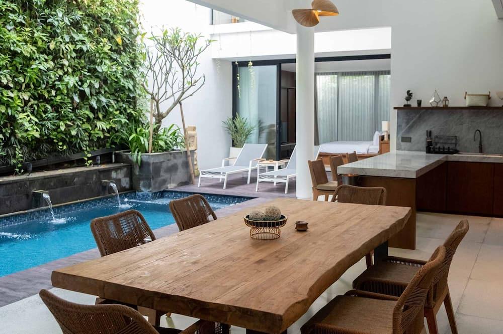 2 Bedrooms Pool Villa Free Benefit - In-Room Dining