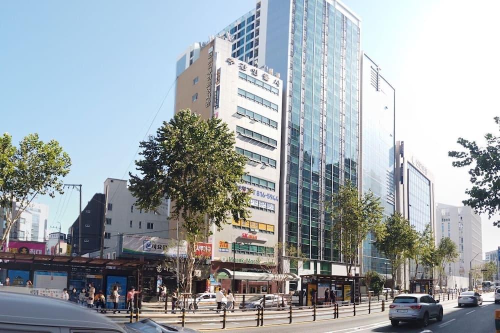 Urban Stay The Central Seomyeon