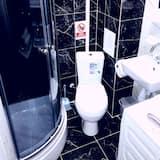Presidential Studio Suite - Bathroom