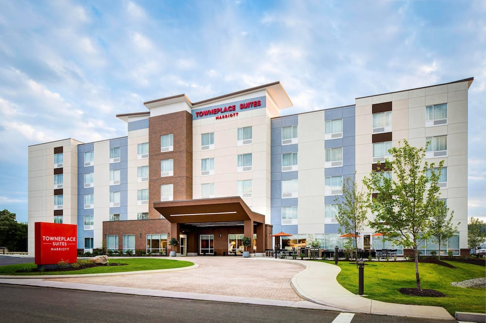 TownePlace Suites by Marriott Logan