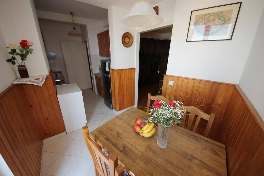公寓 (One Bedroom Apartment with Terrace) - 客房內用餐