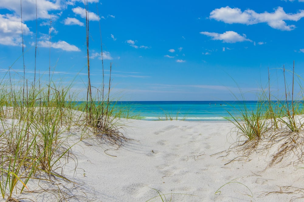 Townhome, Multiple Beds (Magnolia Bay 8598) - Beach