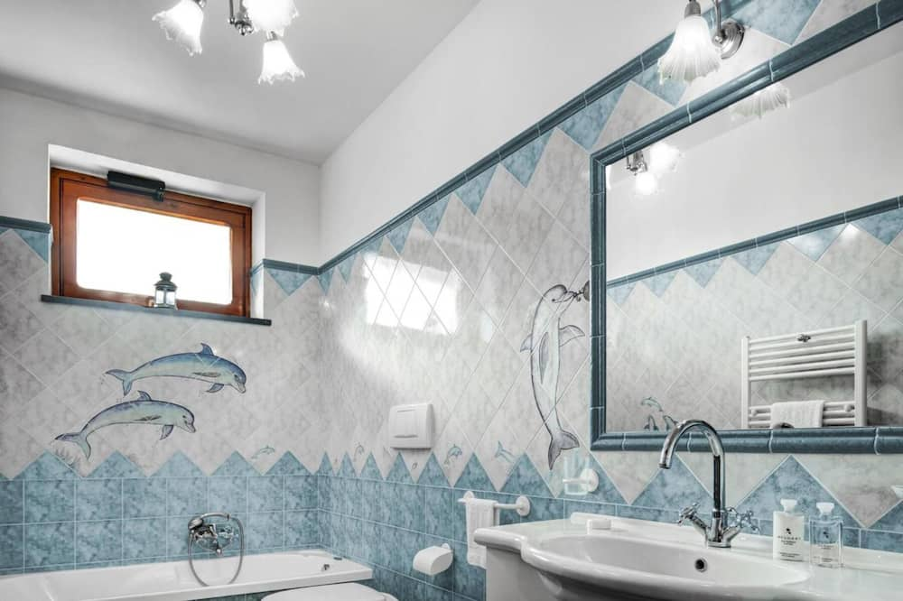 Gallery Villa - Bathroom