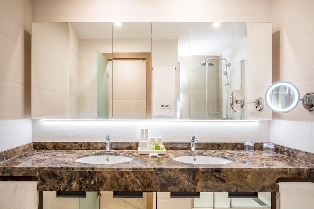 Apartemen (3+1) - Kamar mandi