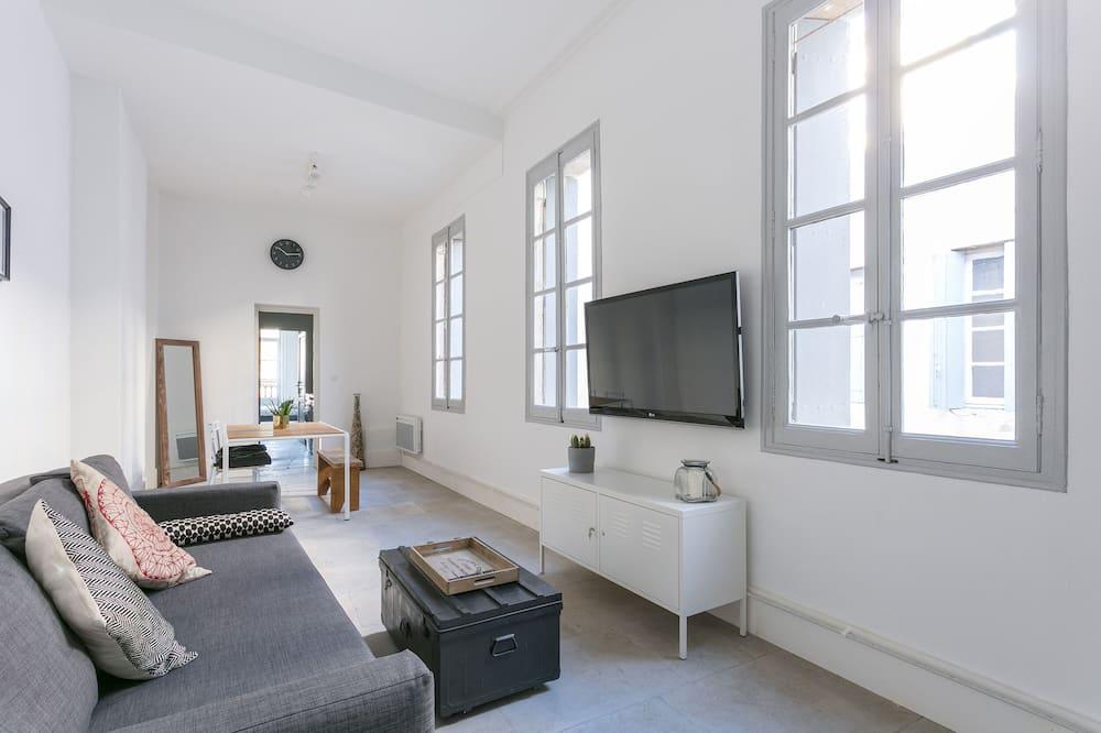 City Apartment, Private Bathroom (LGC habitat) - Lounge