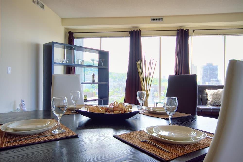 Apartament, 2 sypialnie - Wyżywienie w pokoju