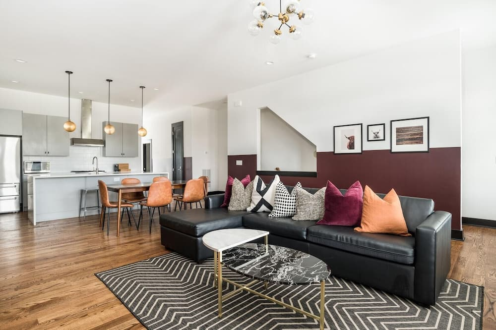 Maison, plusieurs lits (Monroe Unit 9 - Impressive 4BR Condo ) - Salle de séjour