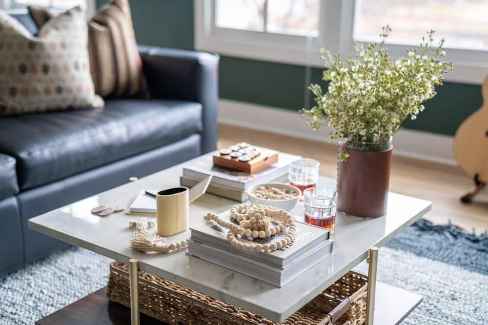 House, Multiple Beds (Monroe 1 - Musgraves) - Living Room
