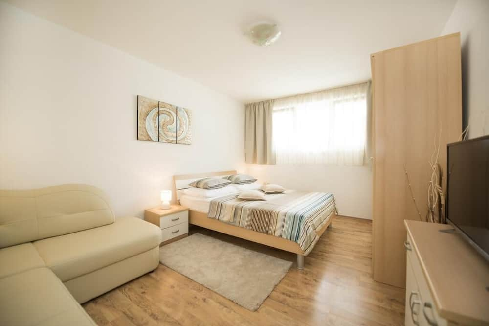 Apartment (Two Bedroom Apartment) - Room