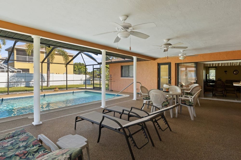 منزل (Paula`s Palm Paradise) - حمام سباحة