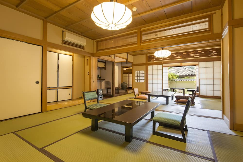 Japanese Style Twin Room, Non Smoking - Living Room